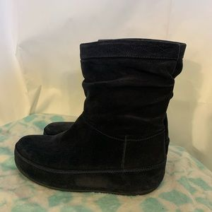 Fitflop zip up suede crush boot 8